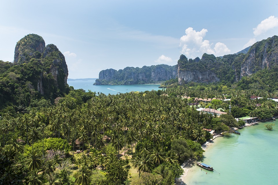 melhor época para ir a Tailândia - Costa do Mar Andaman: Phuket, Krabi, Railay, Koh Phi Phi, Maya Bay, Koh Lanta